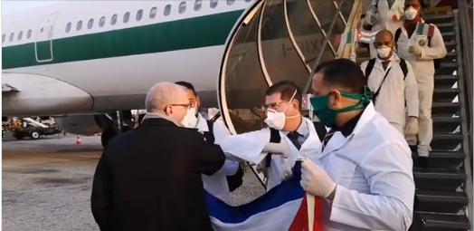 Repercuten ayudas de los médicos cubanos a varios países afectados por el coronavirus.