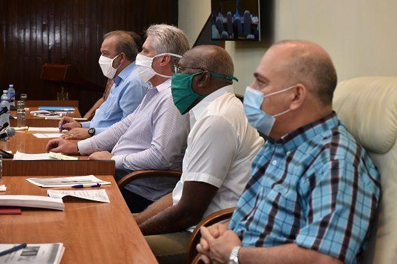 medidas están dirigidas a reforzar el aislamiento social y abarcan entre otras, el cobro de la electricidad, el gas y el agua.