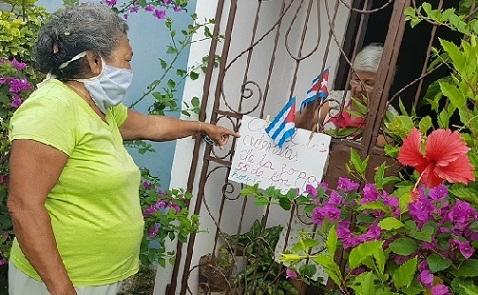Federadas santiagueras en el cuidado de la nación cubana. Foto Santiago Romero Chang.