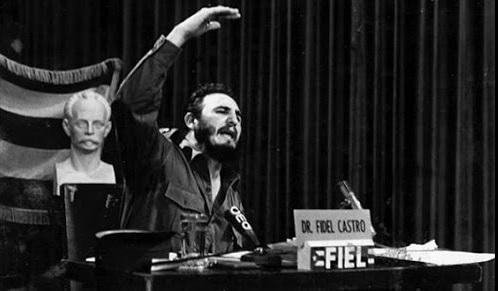 Fidel en la integración del Frente Independiente de Emisoras Libres (FIEL).