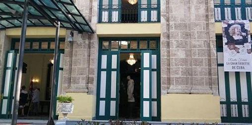 Teatro Martí de La Habana acoge tributo póstumo a Rosita Fornés.