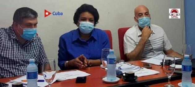 Inés María Chapman Waugh, vice primera ministra de la República de Cuba, analizó hoy, en el contexto de la Visita Gubernamental, el estado de las inversiones del sector hidráulico en el santiaguero municipio Palma Soriano
